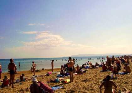 Пляж в отеле Нева в Анапе